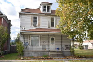 2 Bedroom Home on Davis Ave