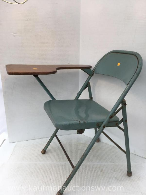 Peachy Metal Folding Chair With Attached Desk Unemploymentrelief Wooden Chair Designs For Living Room Unemploymentrelieforg
