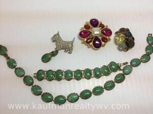 Mixed lot costume jewelry