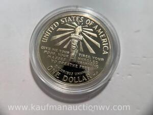 1986 United States liberty Elias island silver dollar
