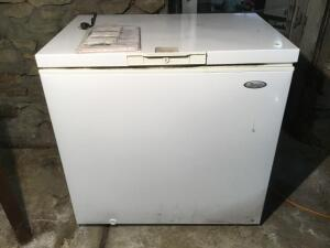 8.9 ft.³ whirlpool freezer