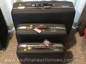 3 pc American Tourister luggage set