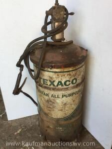Texaco drum and Oil pump