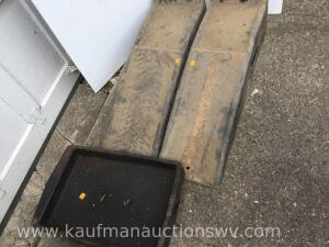 Oil drain pan and two molded car ramps