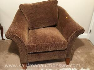Rowe furniture occasional chair