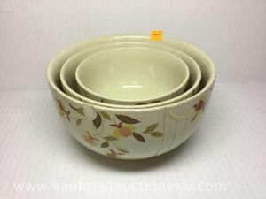 Hall Jewel Tea nesting bowl set
