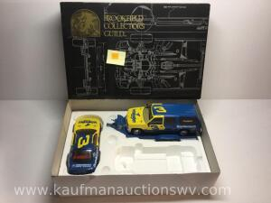 Brookfield collectors guild 1/24 scale SUV, trailer, race car