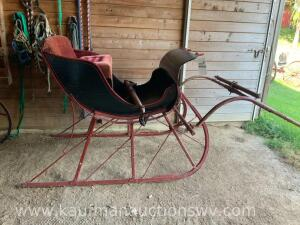 Horse drawn sleigh With shafts
