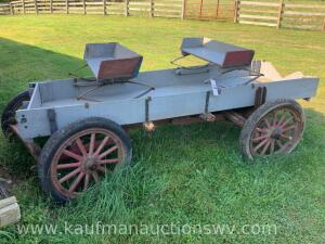 Two-seater, spring seat wagon
