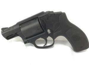 Smith and Wesson bodyguard with laser 38 special serial#CPY7946