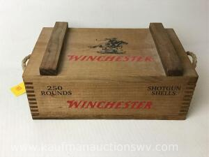 Winchester ammunition box With rope handles
