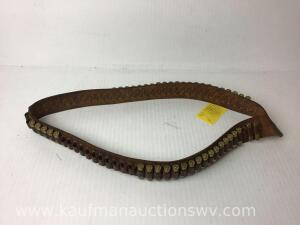 Leather ammo belt with 17 rounds 45 colt Hollow points and 26 rounds 45 colt lead nosed
