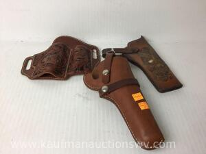 3 Leather hand gun holsters