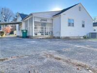 Bridgeport 3 Bedroom Home - 6