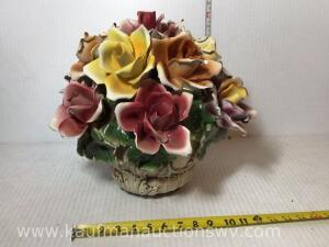Large capodimonte flower basket