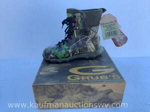"Grub's stealthline 10.5"" laced field boot size 8"