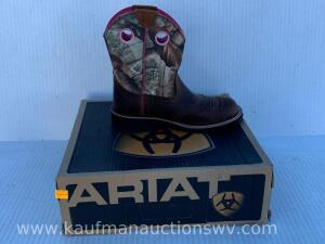 Ariat women's fatbaby cowgirl boots size 8