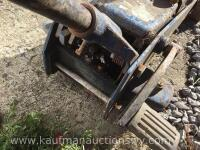 Floor jack and 8 1/2 ton clevis - 6