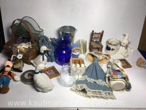 Selection of primitive and decor