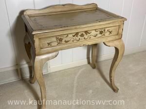 Home meridian accent table w/ lift top