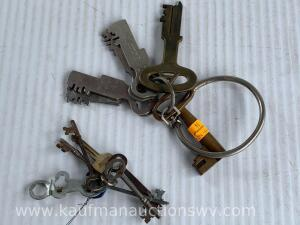 St. Louis Missouri jailers keys And skeleton keys