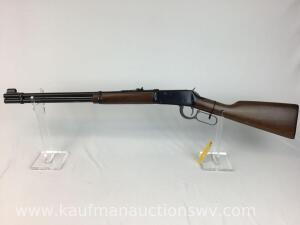 Winchester model 94 32 win spl w/ box, rare made in 1973, NIB -serial 3823686