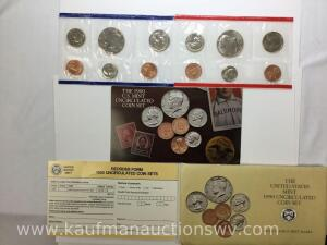 1990 United States Mint Uncirculated Coin Set with D & P mint marks